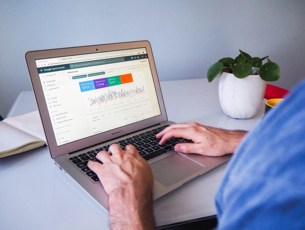 Google anaytics search on a laptop